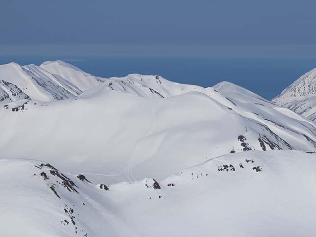 2019-island-skitour-april-19-IMG_1963-644x483px